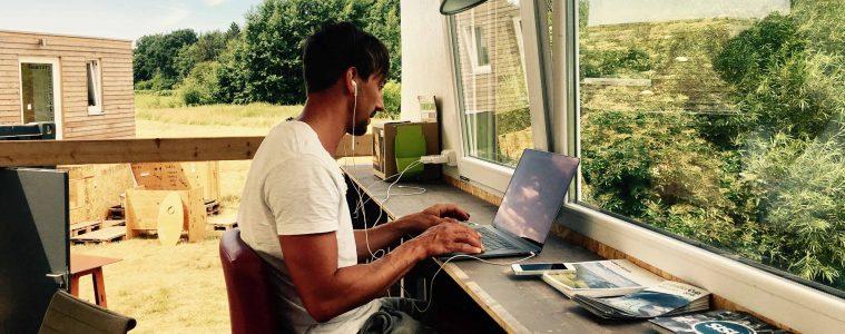CoWorkLand –Arbeiten wo andere Urlaub machen